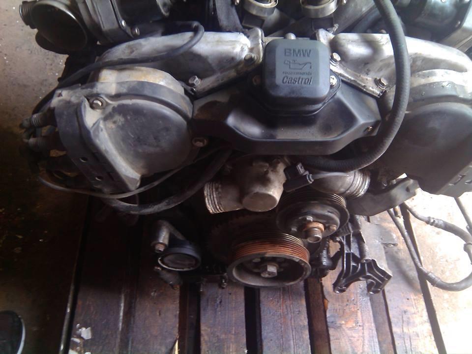 Двигатель на Митцубиси Харизма в Армавире
