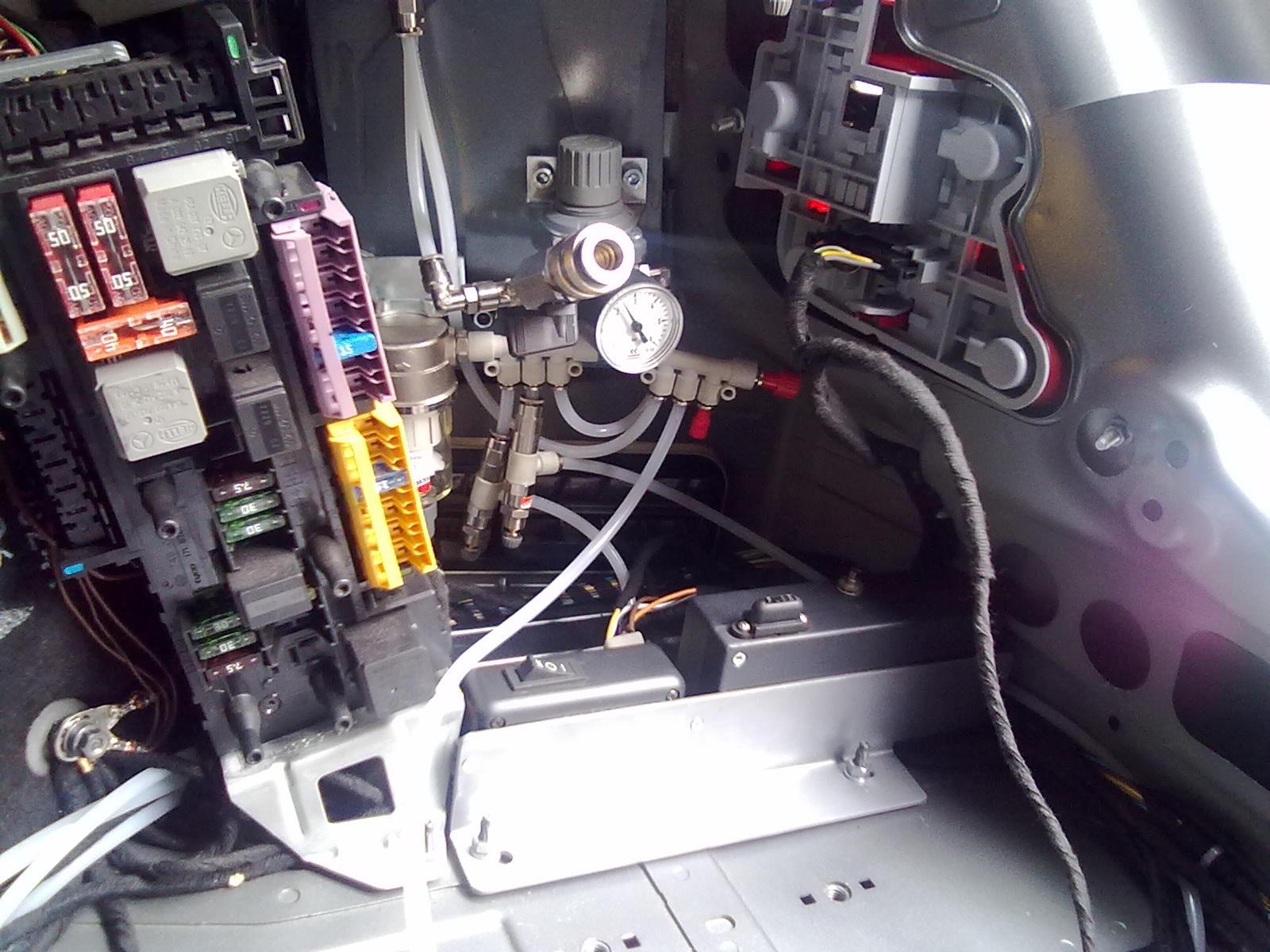 Электропривод двери багажника своими руками 389