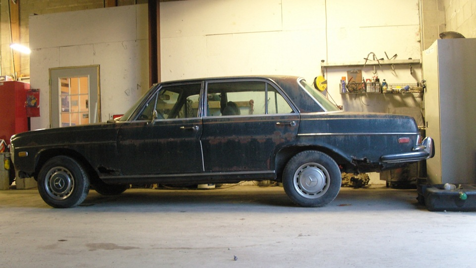 Title for Mercedes benz w108 for sale