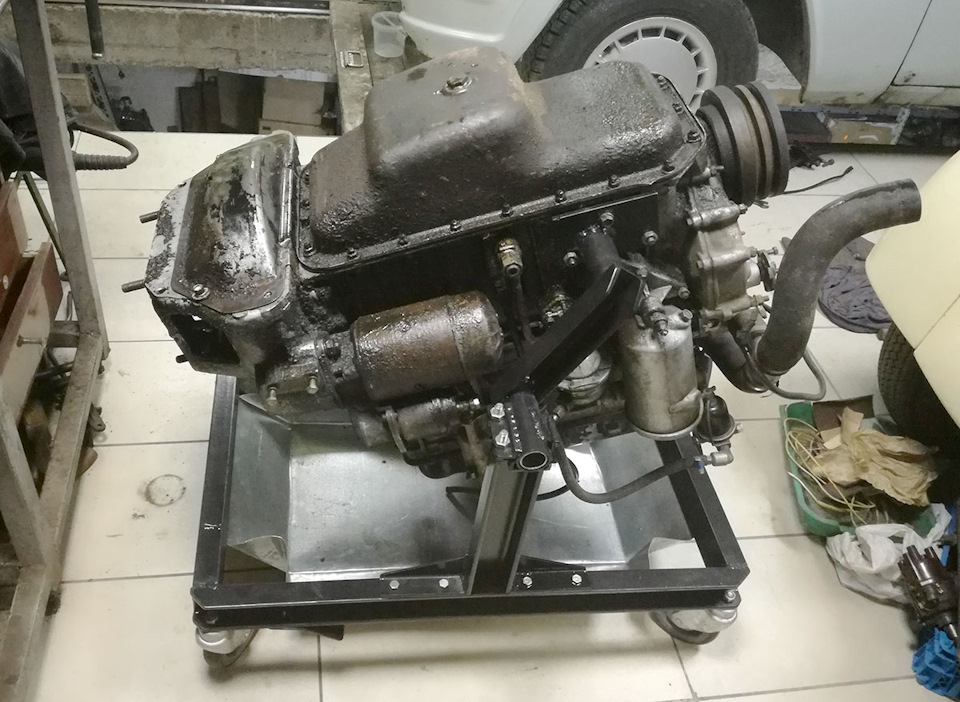 ec6b9b9s 960 - Стойка для ремонта двигателя своими руками