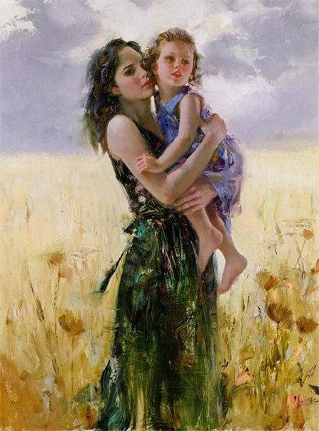 фото девушки с ребёнком на руках