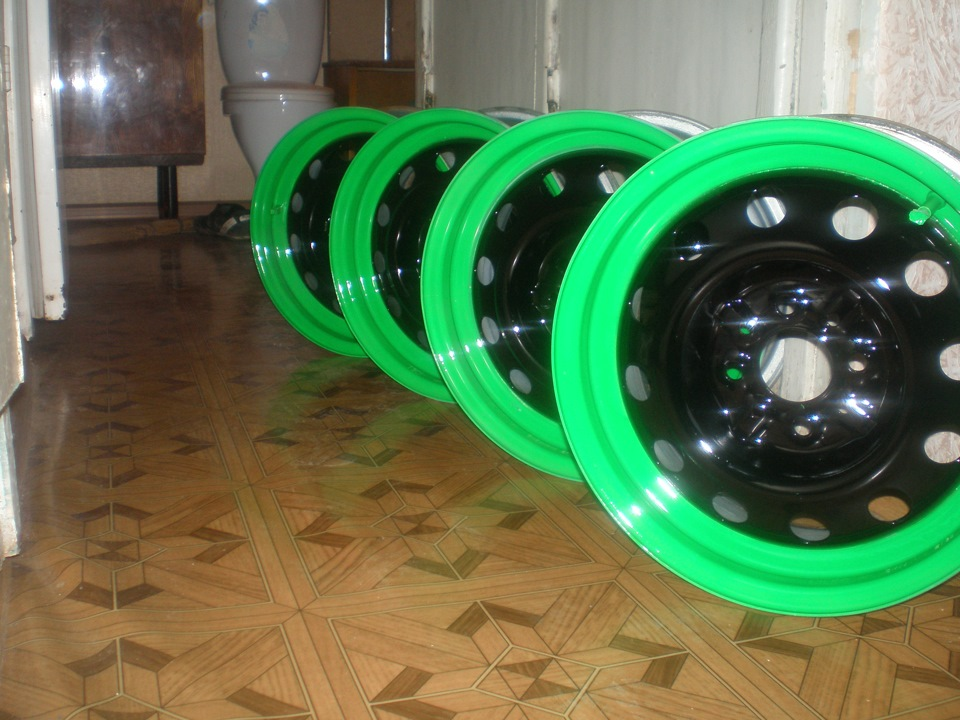 Покраска штампованных колесных дисков