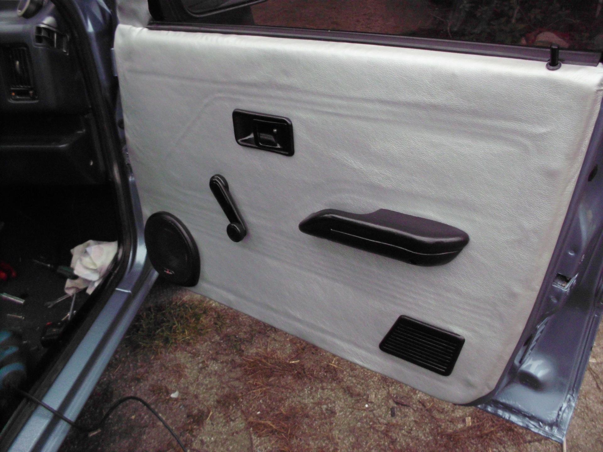 Как обшить двери автомобиля своими руками