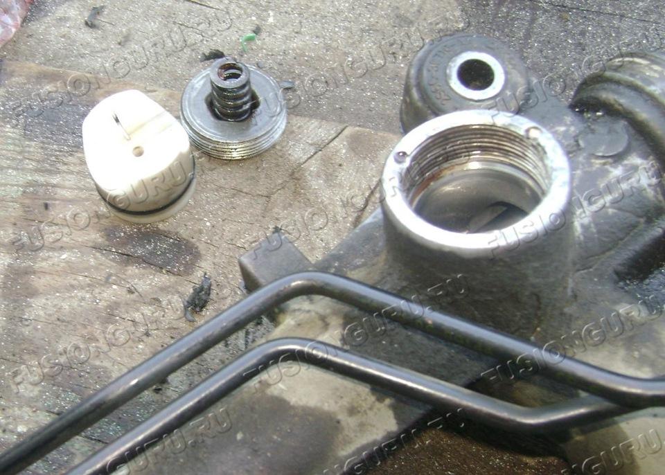 как самому поменять сальник рулевой рейки на форд фьюжн