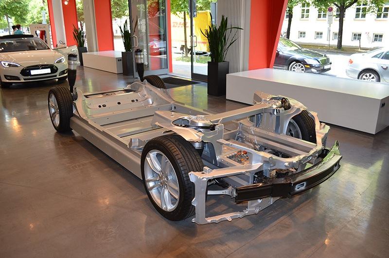 автомобиль тесла устройство