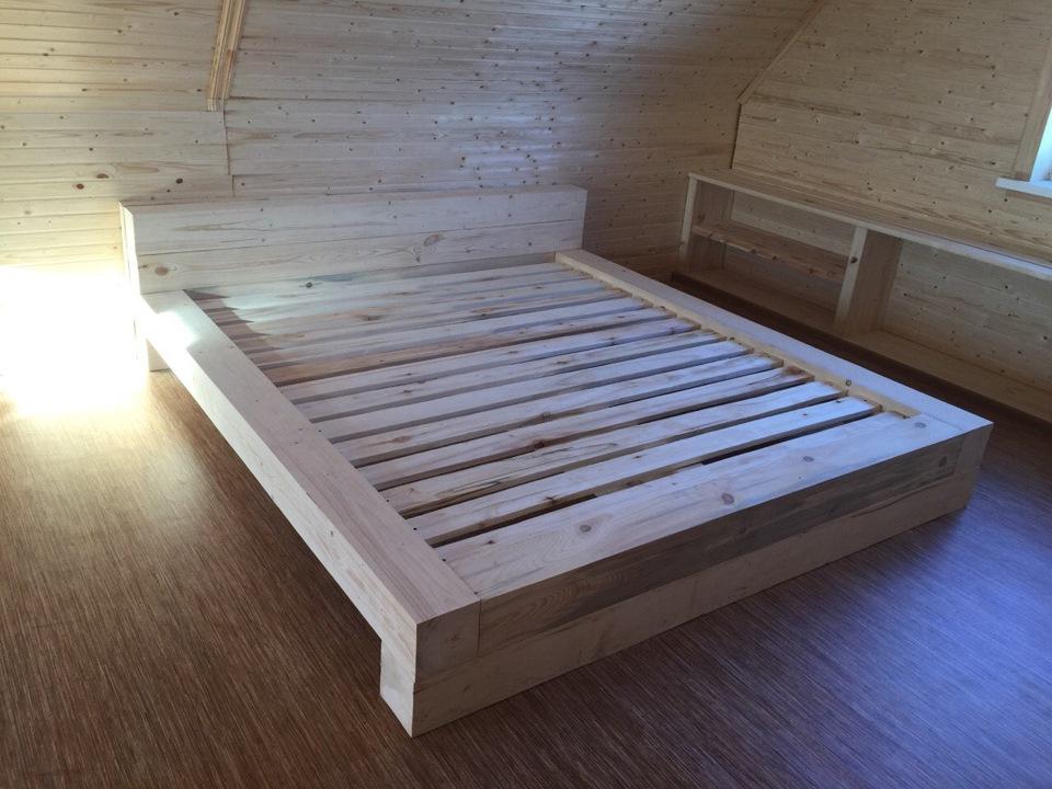 Кровать своими руками из дерева на даче