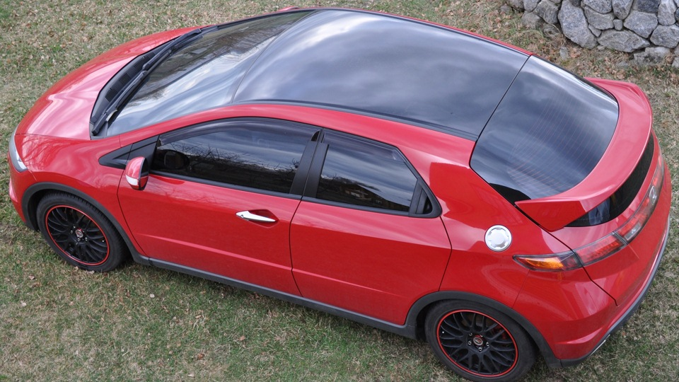красная honda civic coupe viii