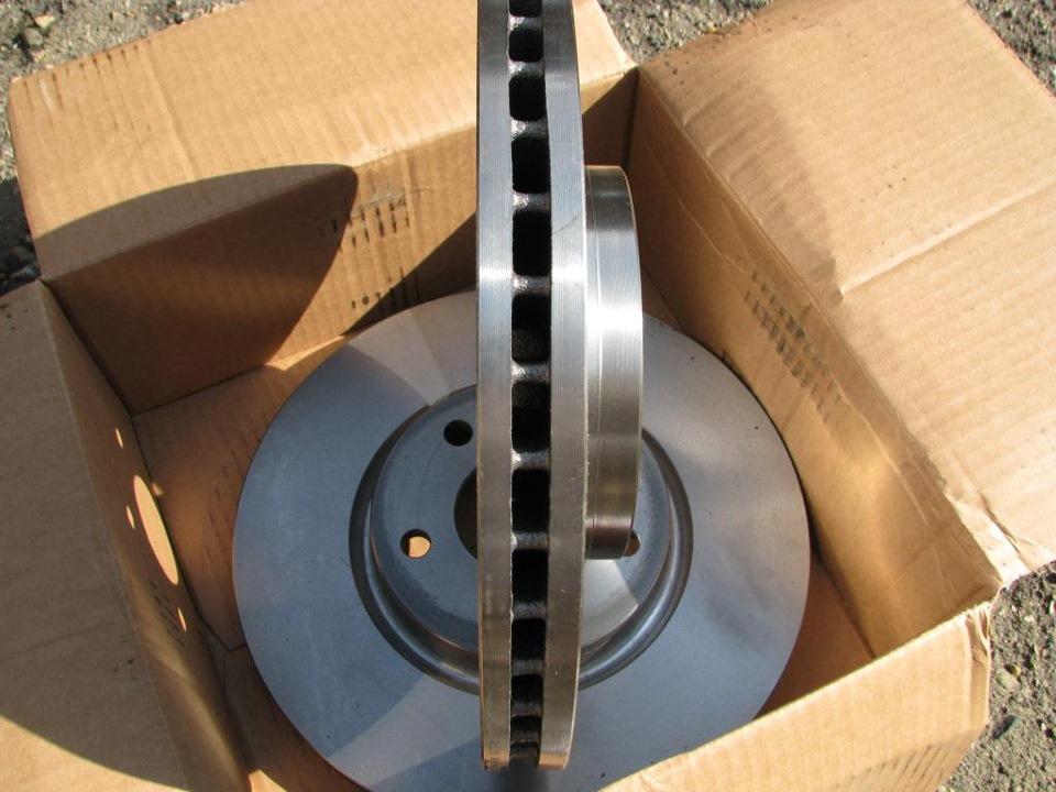 диаметр тормозных дисков ford s max