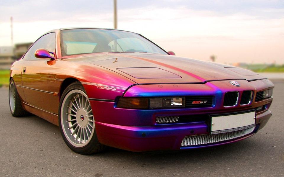 Такое цветовое решение — не лучший вариант для классической машины. Однако, хозяин — барин!