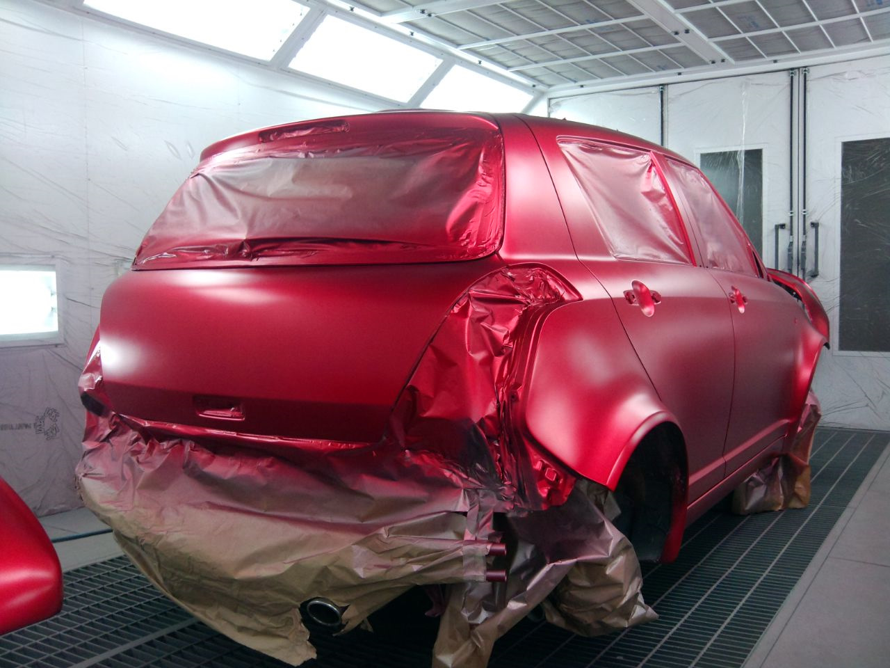 День дизайнерская покраска автомобиля фото