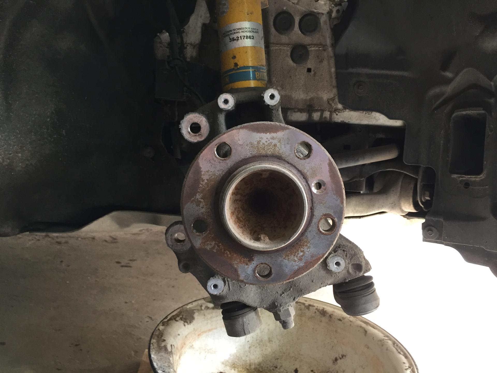 Замена тормозного шланга с прокачкой f30 Замена сальника выбора передач e39