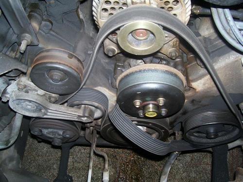 Замена помпы термостата Ford 4 6 5 4 бортжурнал