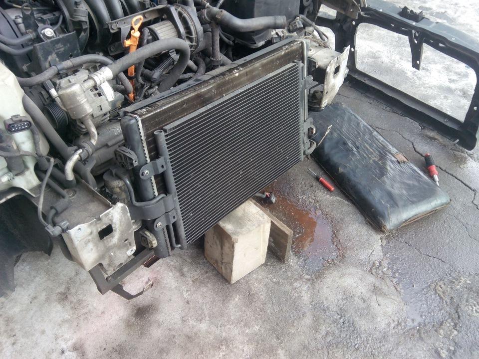 как снять радиатор bora фольксваген