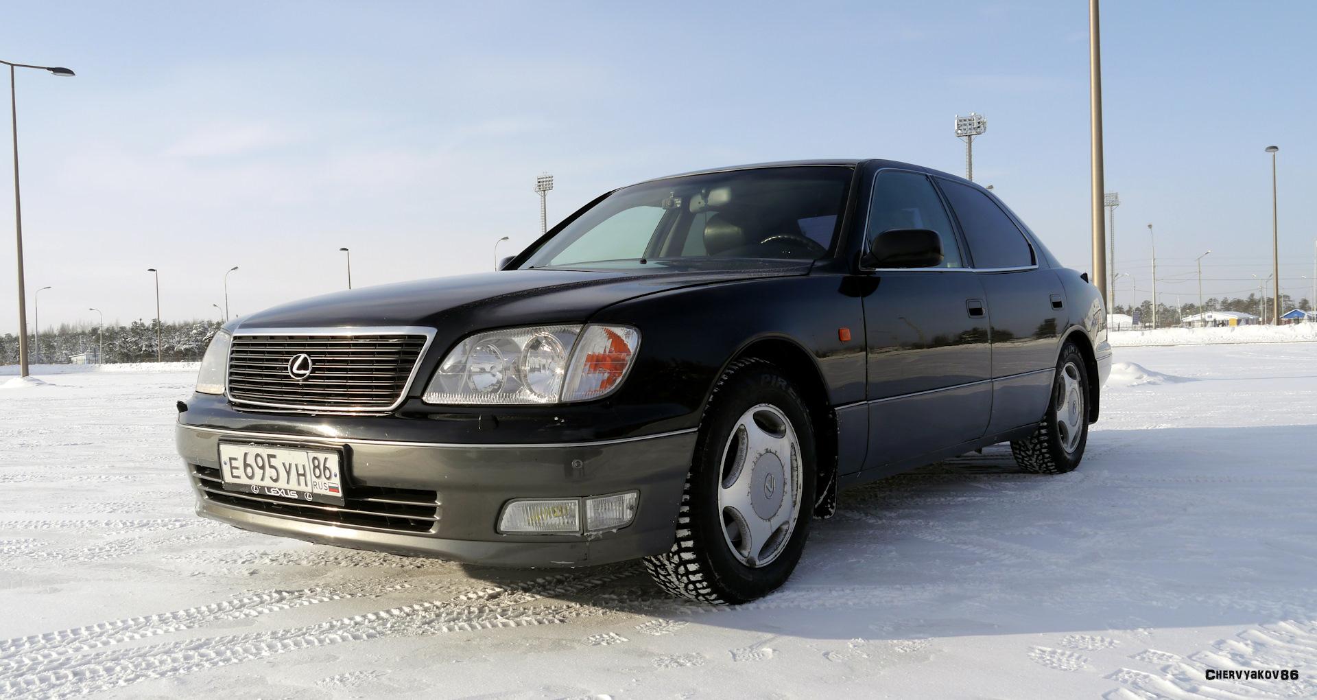 Дизайн LS400 полностью разрабатывался в калифорнийском отделении Toyota с  поправками на запросы местного потребителя. В попытке приблизится к  европейскому ...