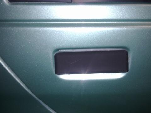 ...фильтры, датчик давления масла, датчик включения вентилятора, датчик указателя температуры, покрасил саму.