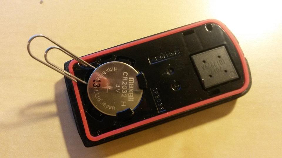 митсубиси села батарейка в ключе