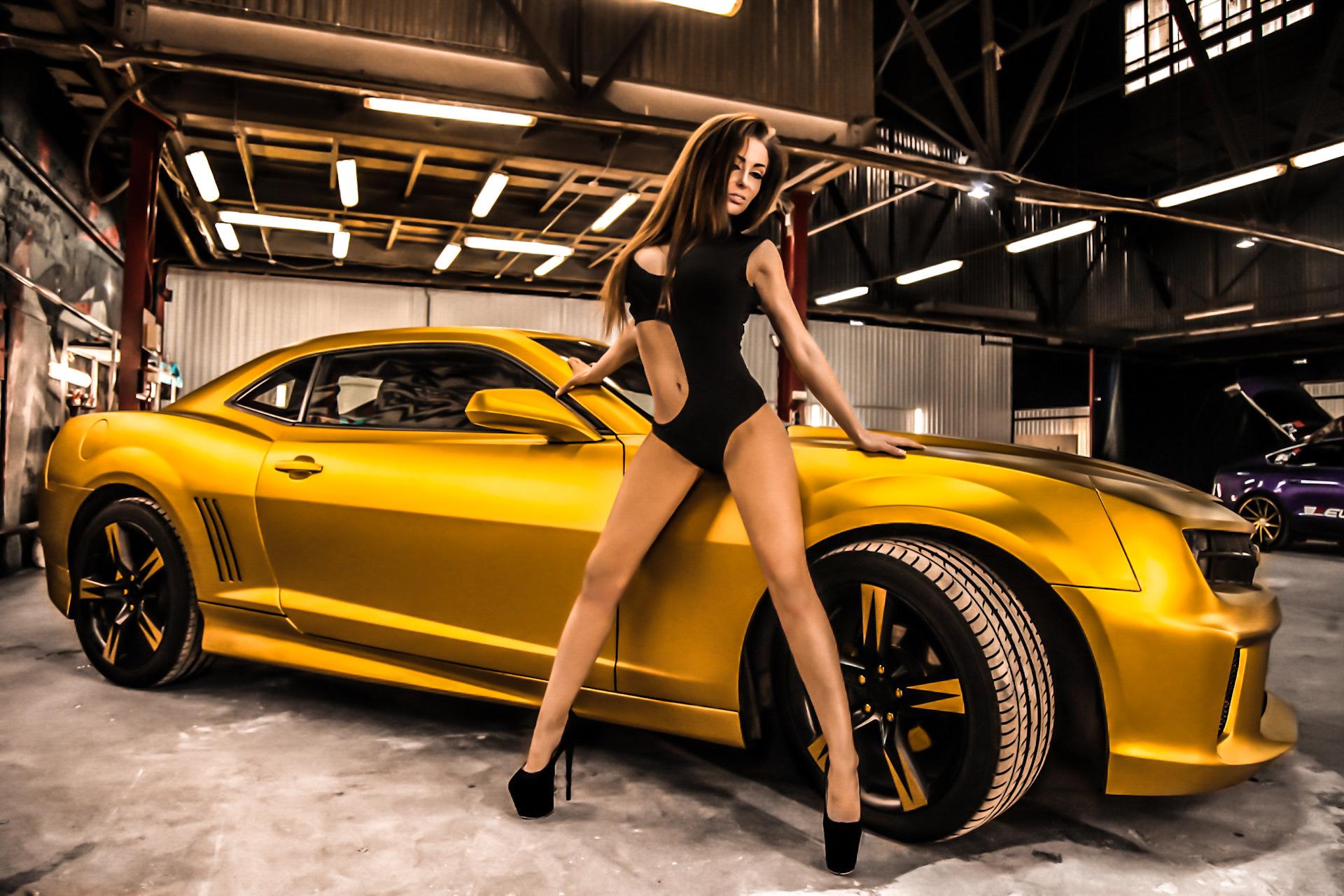 Camaro nude girl