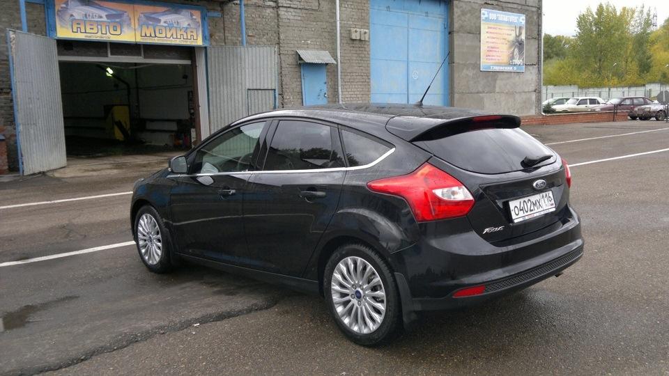 форд фокус 2 черный фото седан