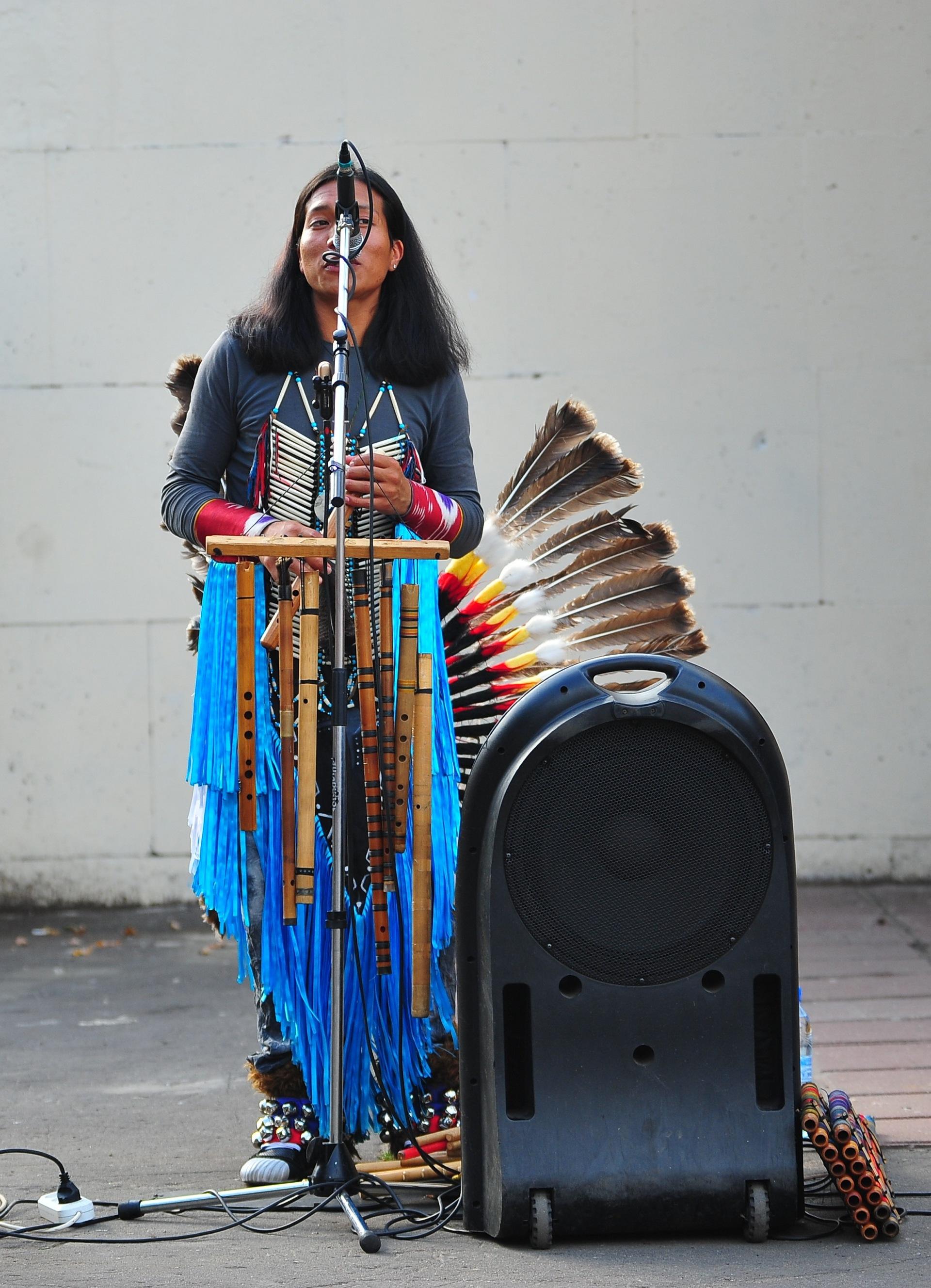 слушать музыку yarik ecuador