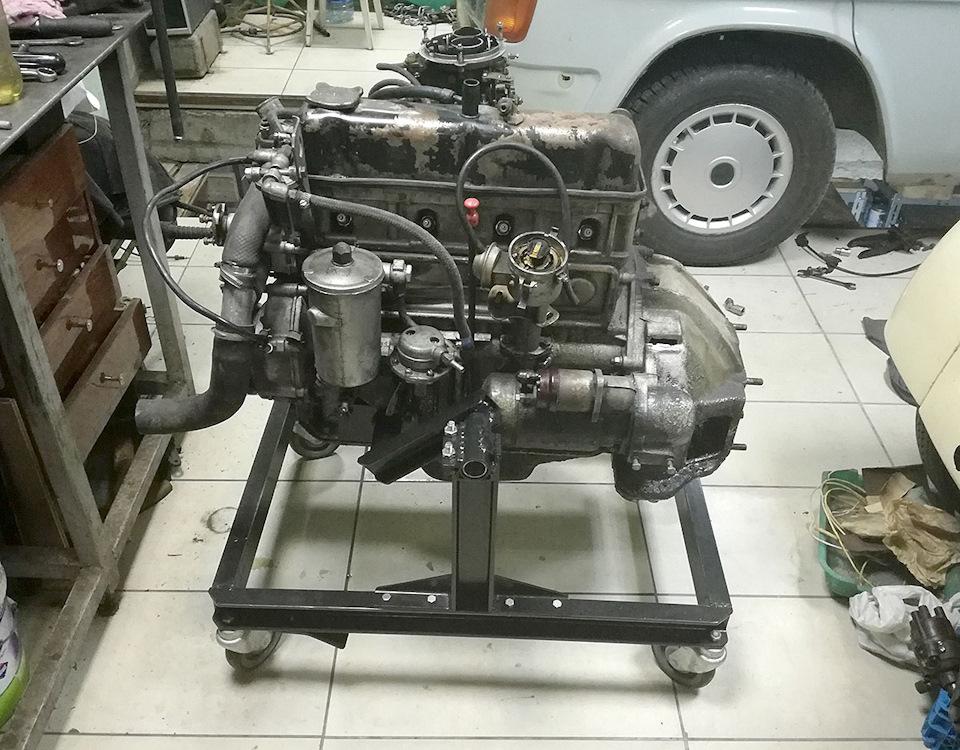 f46b9b9s 960 - Стойка для ремонта двигателя своими руками