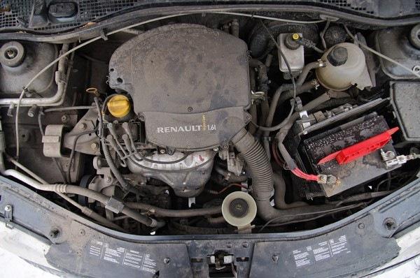 Где находится номер двигателя в рено логан