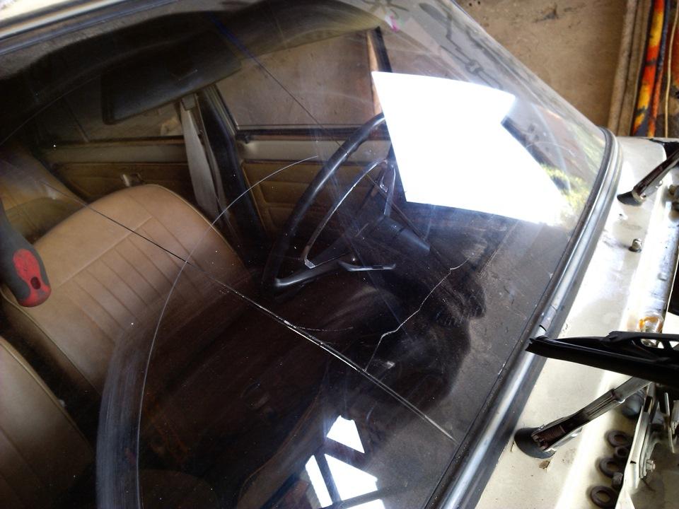 Замена ветрового стекла ваз 2107 своими руками 19
