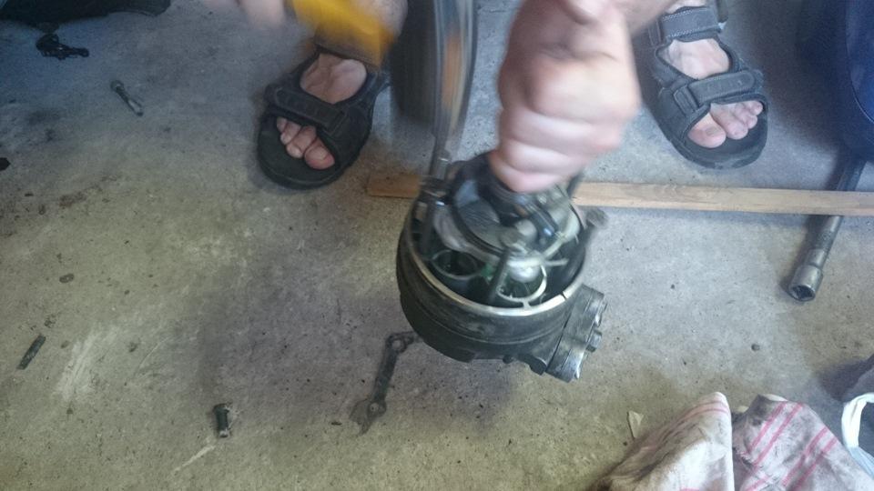 замена сальников компрессора. опель омега б.
