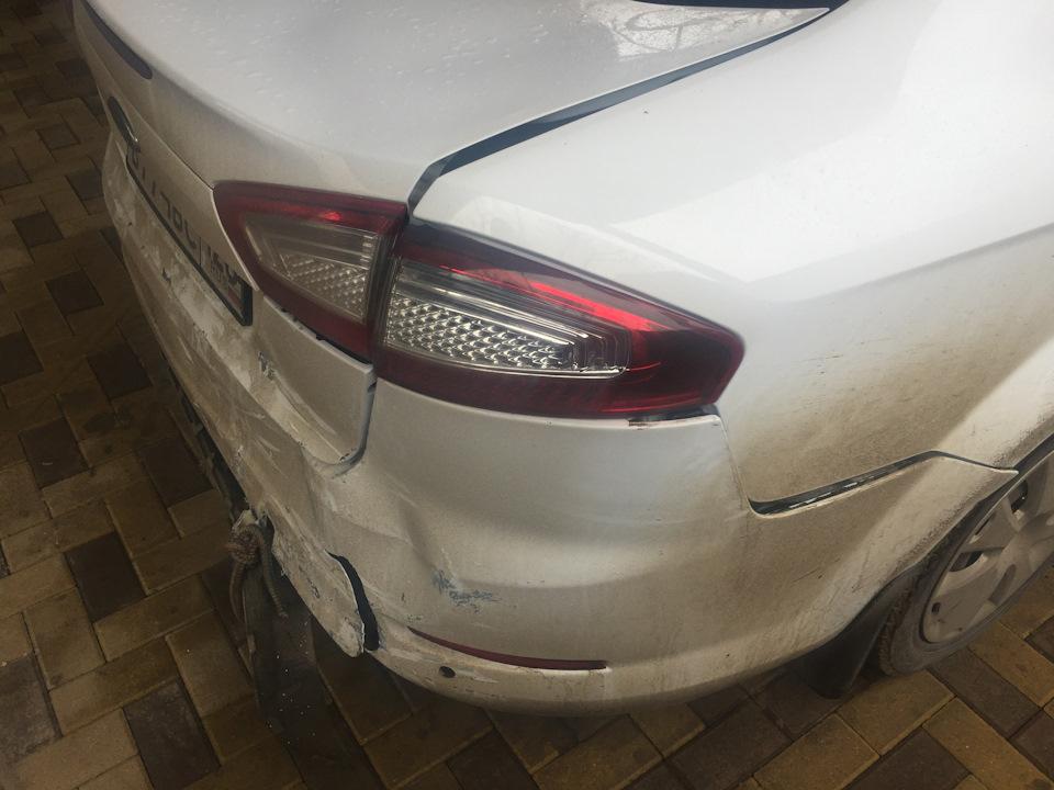 ford mondeo не закрывается багажник