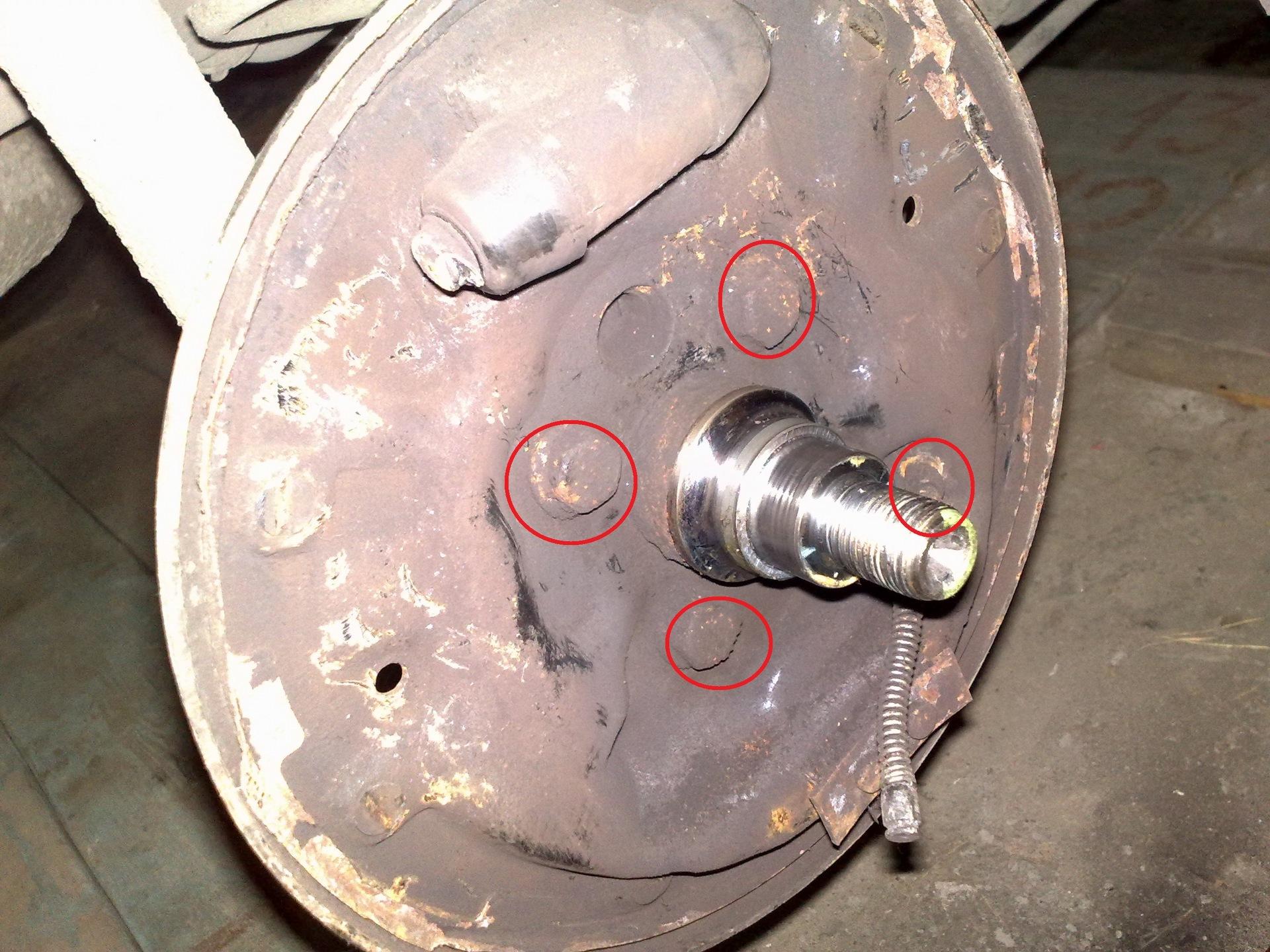 Регулировка ручного тормоза шкода октавия 11 фотография
