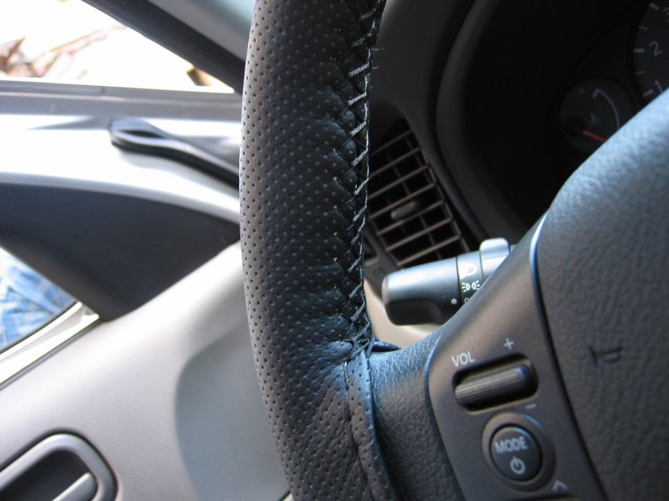 Зачем нужна дополнительная оплётка на автомобильный руль?