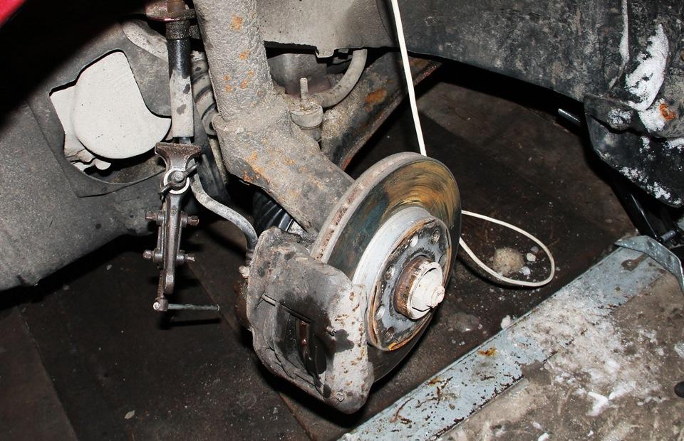Замена тормозного шланга с прокачкой нексии Замена шаровой гранд витара