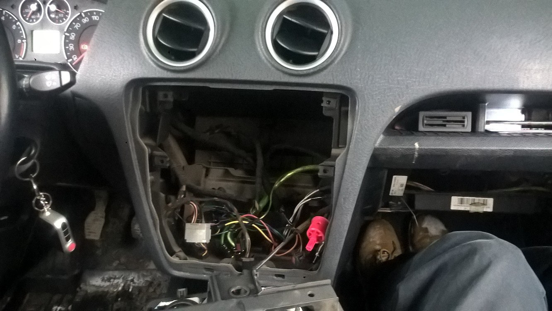 ford fusion замена лампочки в перчаточном ящике