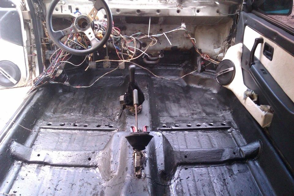 Чем обработать днище внутри салона автомобиля от коррозии