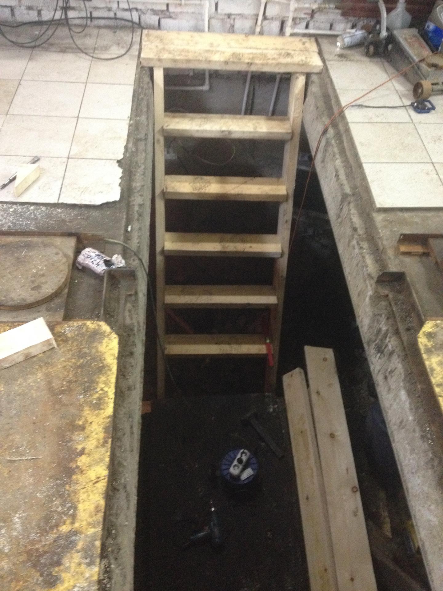 гараж лестница в подвал фото прокурор