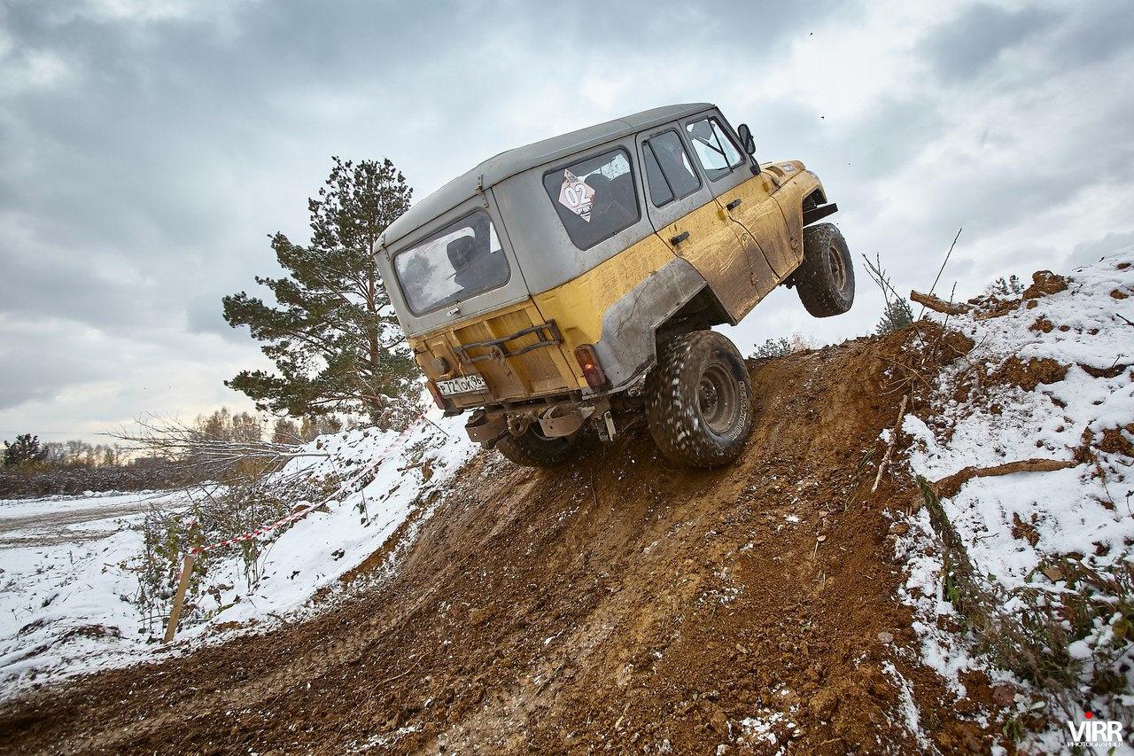 Машина для русских дорог фото