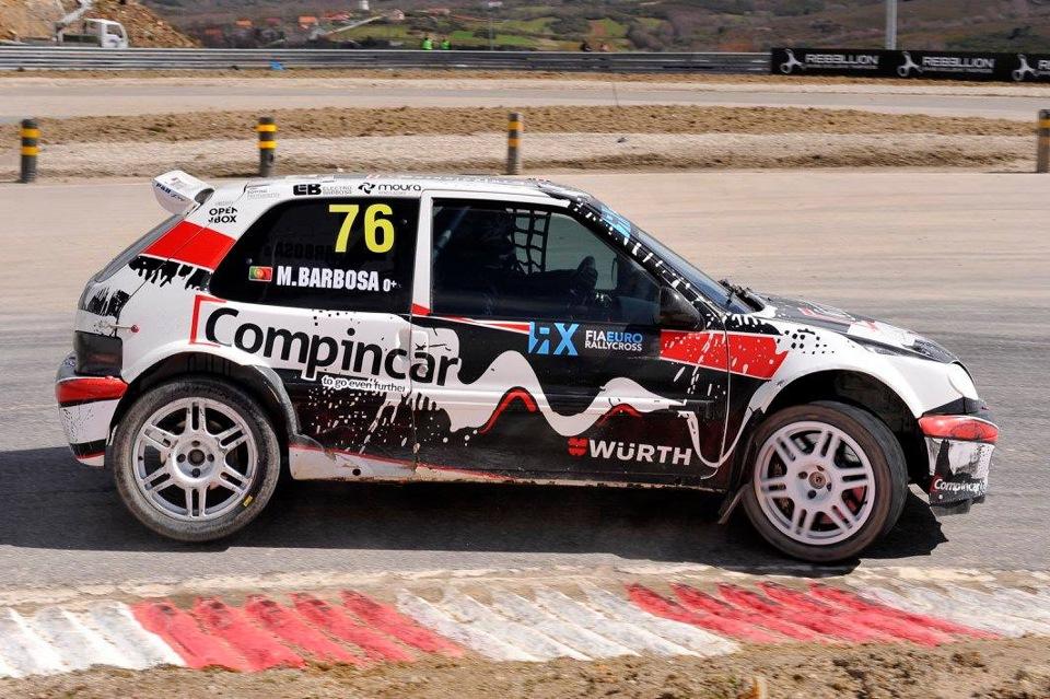 А неожиданным победителем португальского этапа стал местный пилот — Марио Барбоса на стареньком Citroen Saxo. С другой стороны — он знает трек как свои пять пальцев, а его автомобиль отлично приспособлен под нетипичные условия высокогорья, в которых находится трасса