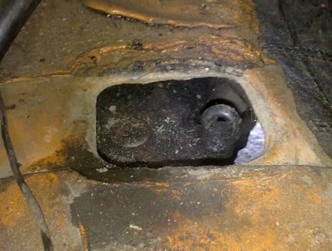 Как заменить масло в двигателе москвич 2140