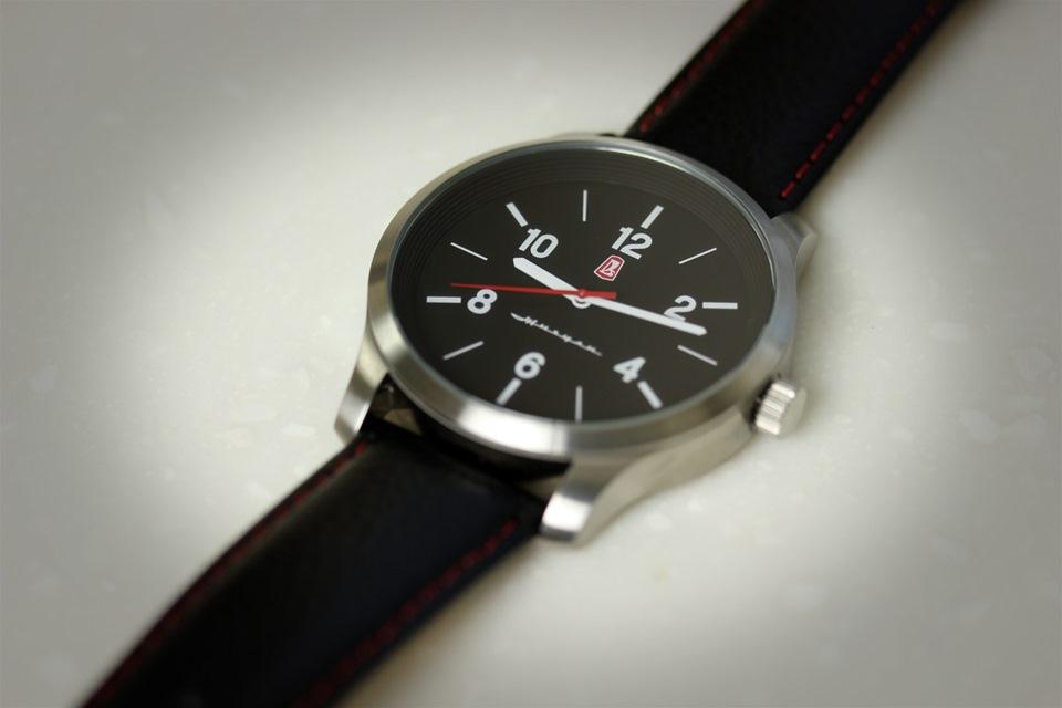 Часы электронные на ВАЗ 2110, model: VST-7048V