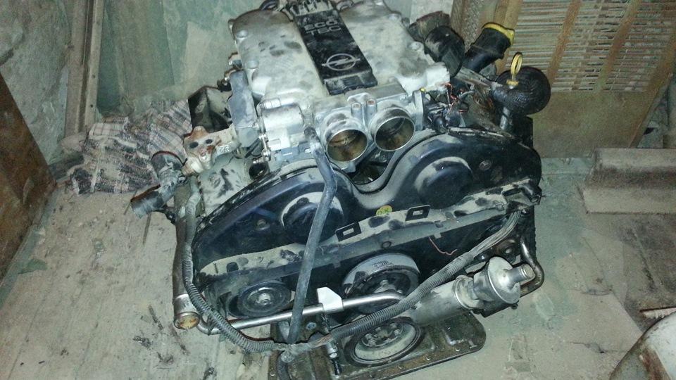 сколько весит двигатель opel
