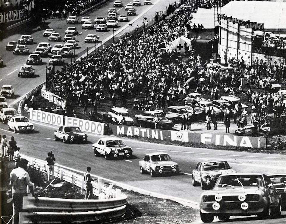 Старт 24-часовой гонки в Спа 1971 года