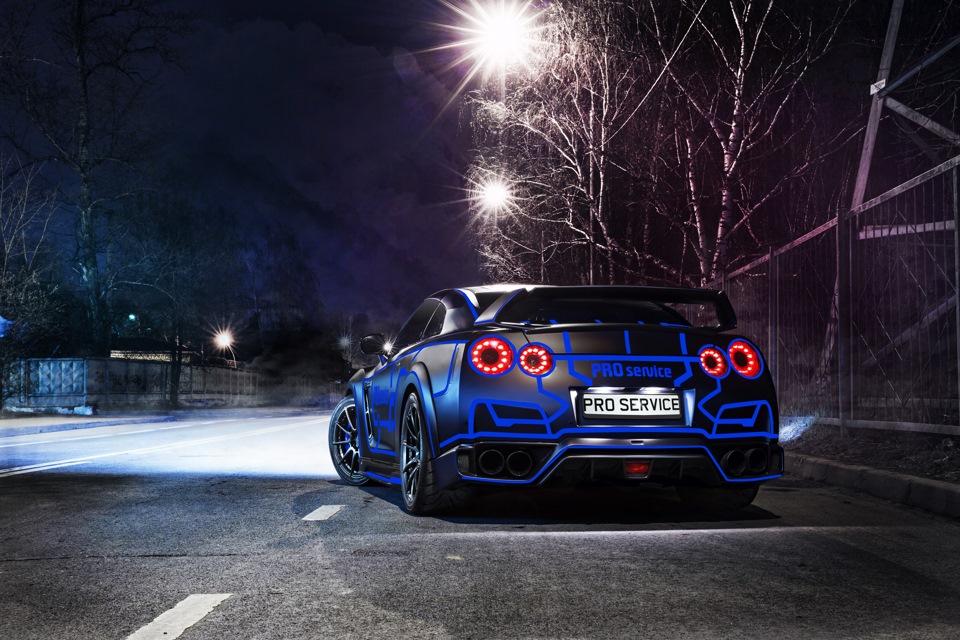 "Nissan GTR ""TRON"" by Pro-Service"