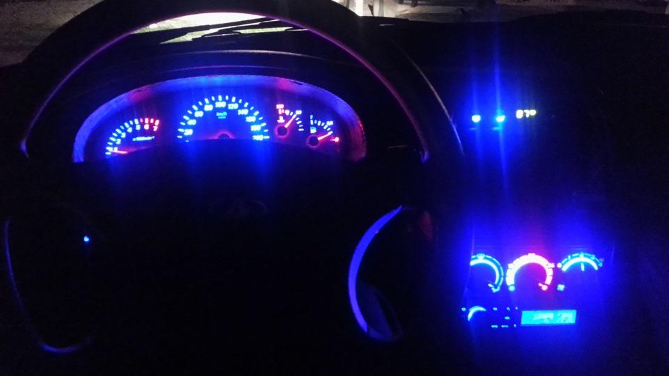 Фото №19 - тюнинг подсветки приборов ВАЗ 2110