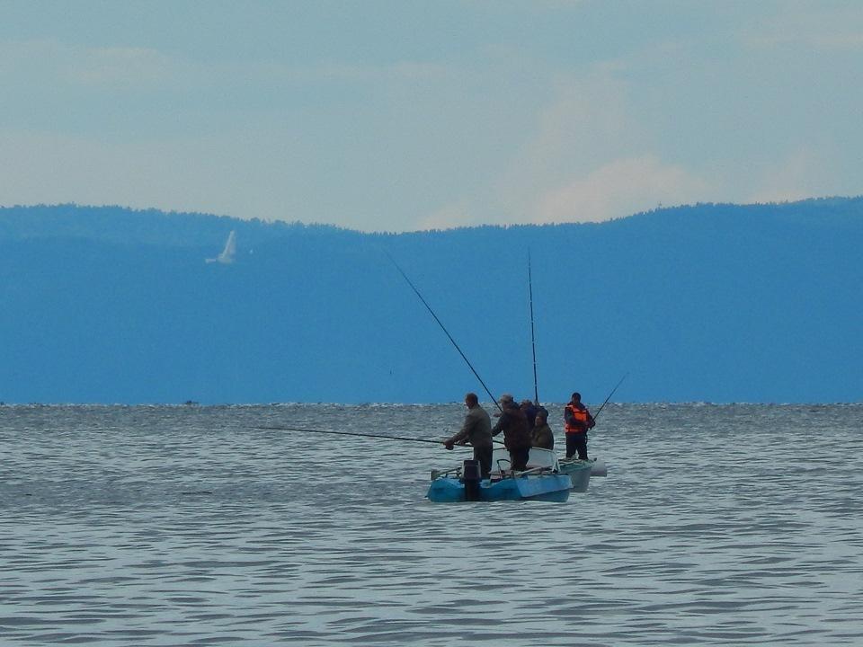 Рыбалка на Байкале зимой и летом
