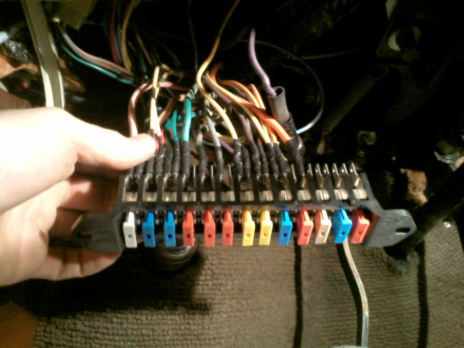 Схема усилителя электрон 103 стерео Схема электрооборудования автомобиля ваз 2103 схемы подключения предохранителей...