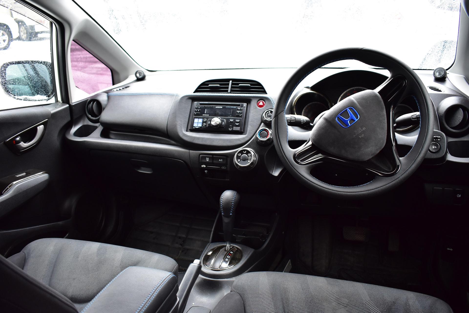 хонда фит фото салона случайно возможности комплекса