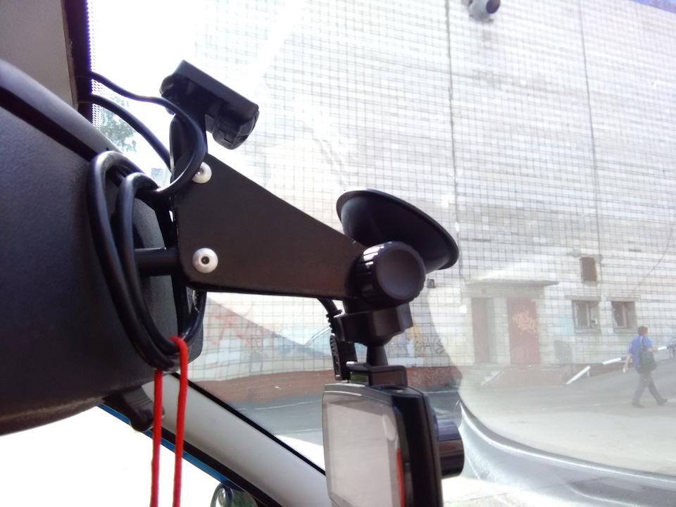 видеорегистратор автомобильный 3 объектива