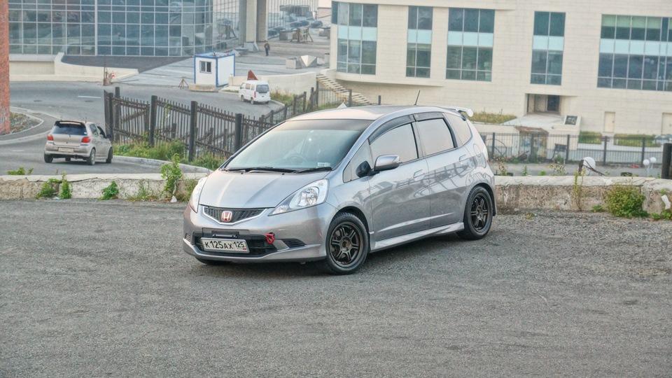 "Honda Fit RS ""Alpine Sound """
