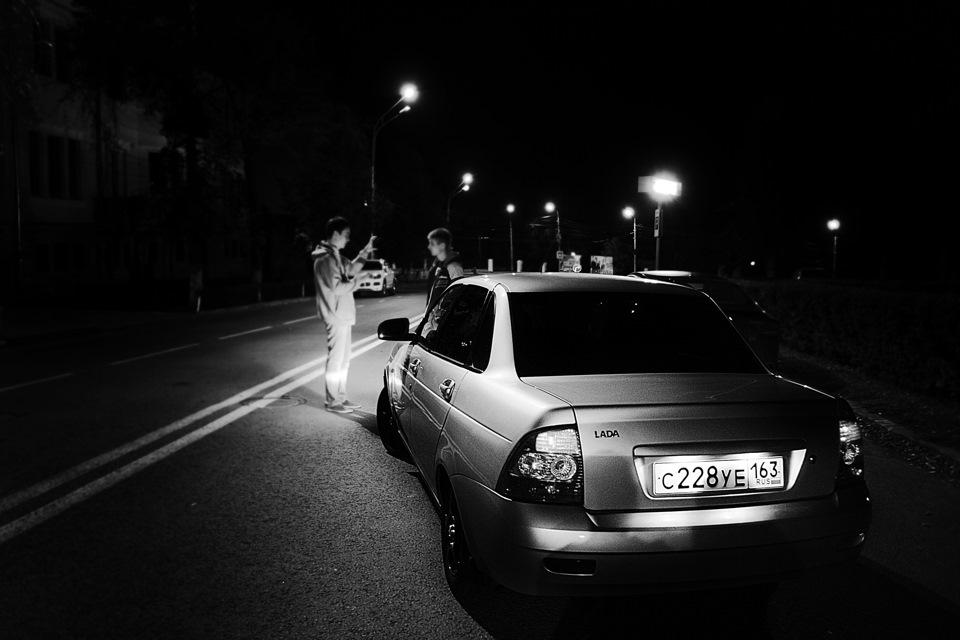 Картинки пацанов ночью с машинами