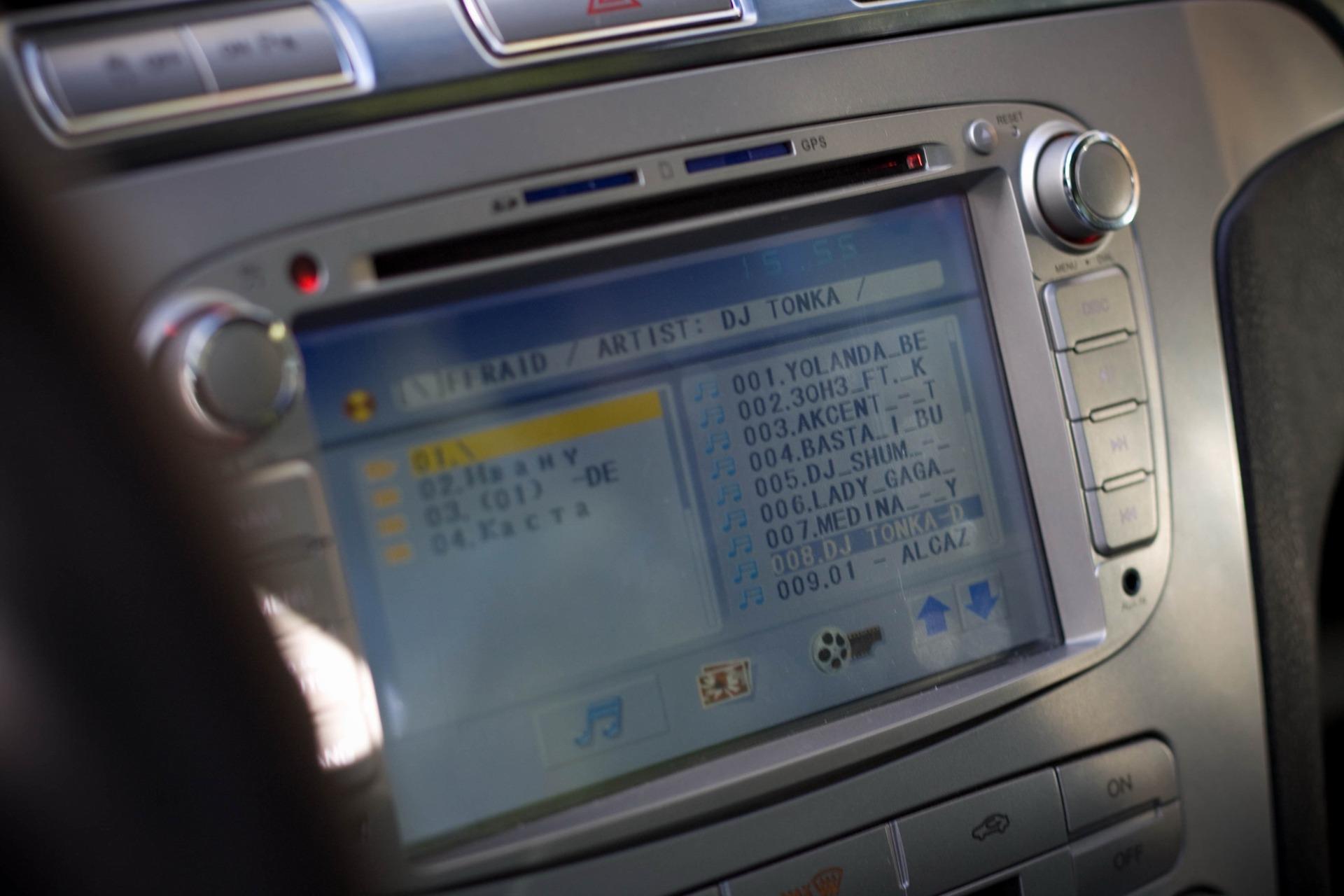 установка музыки ford s-max
