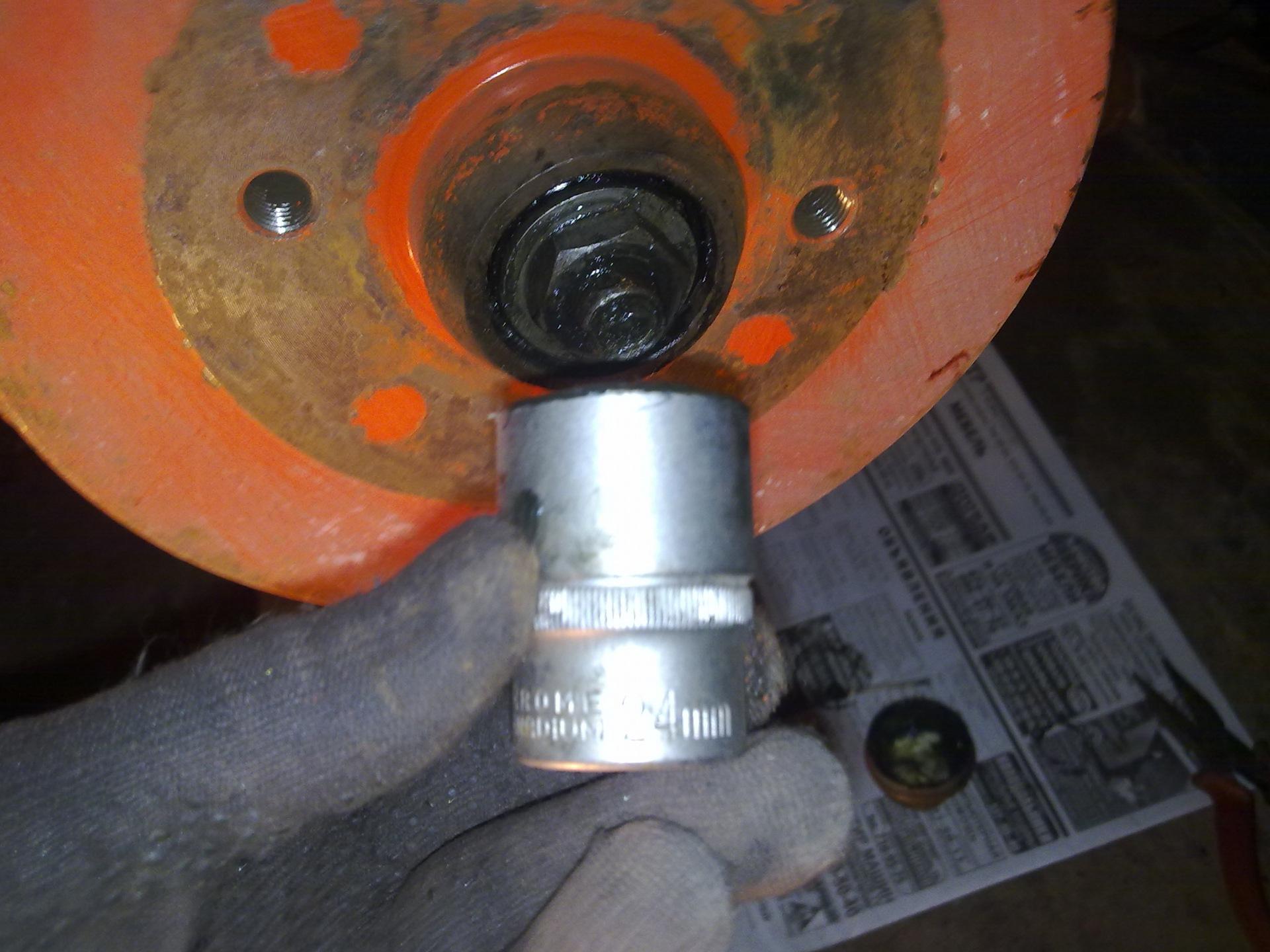 замена ступичного подшипника audi 80 задних колес
